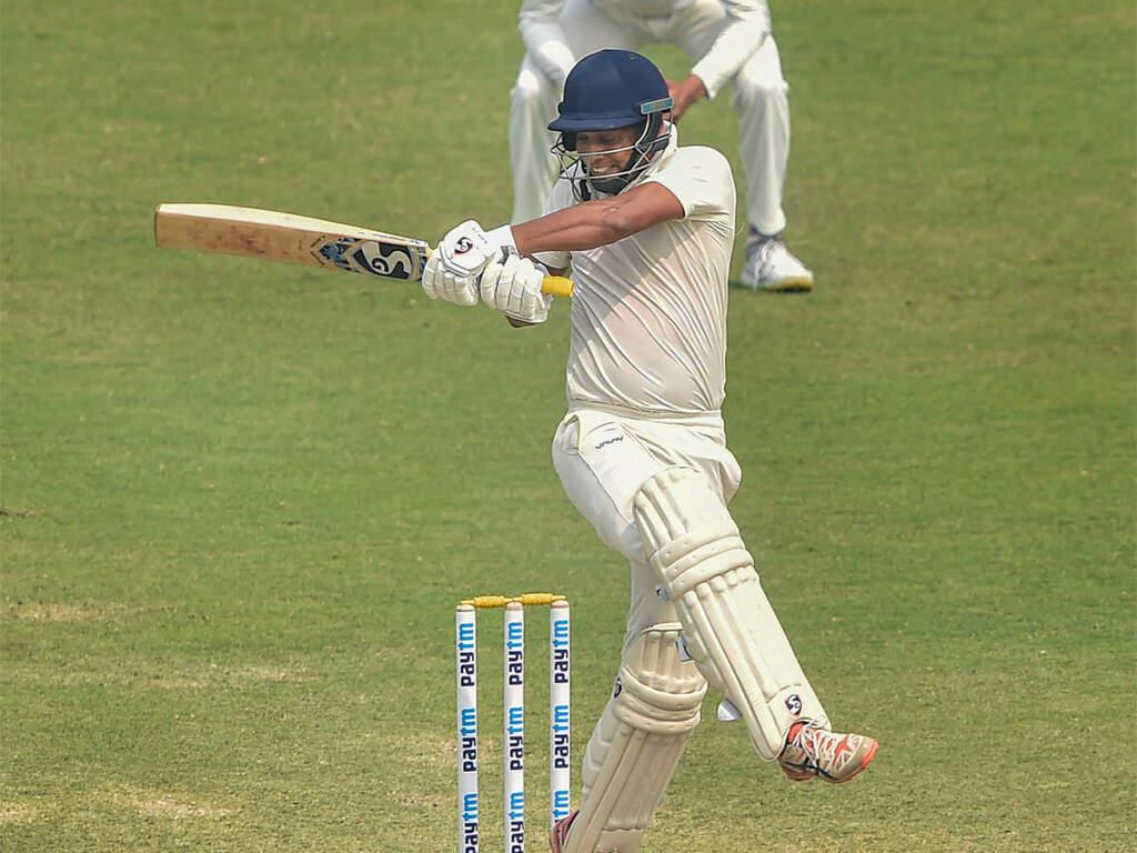 Ranji Final: Bengal resist but Saurashtra hold edge