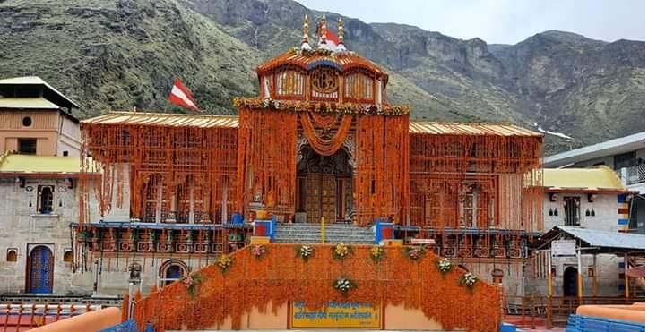 Badrinath temple opens, first prayers held on Modi's behalf