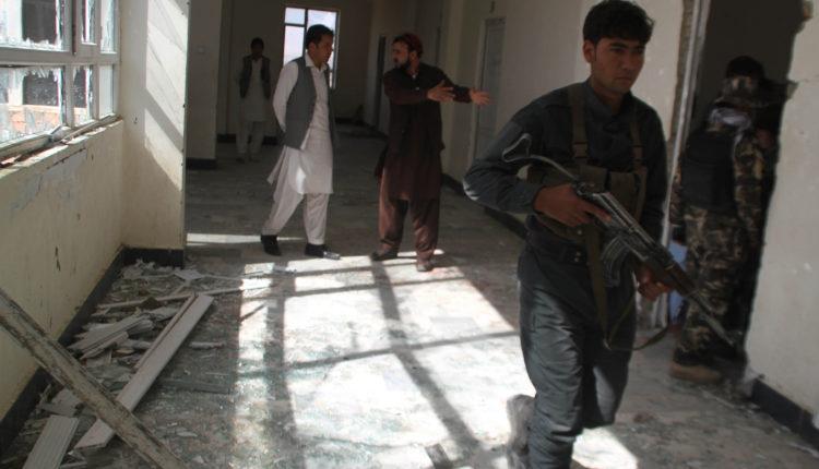 Taliban suicide blast kills 9 in Afghanistan