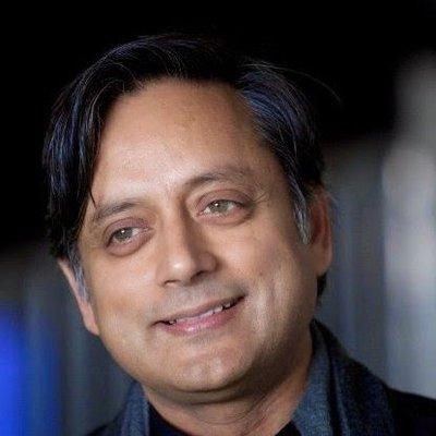 I am a cricket tragic: Shashi Tharoor tells Sunil Chhetri